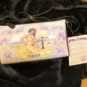 Libra purse